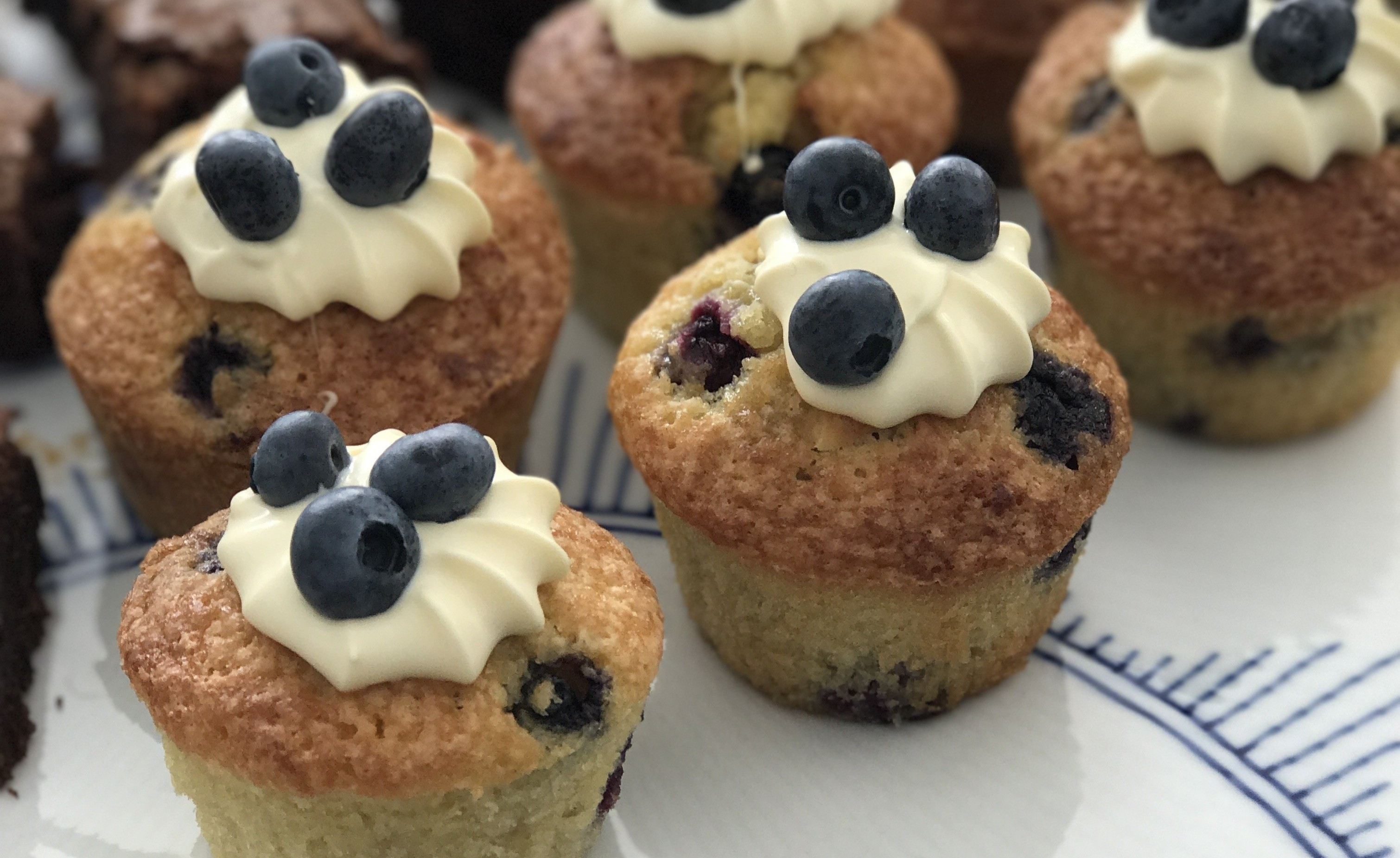 Blåbærmuffins med kokos og marcipan